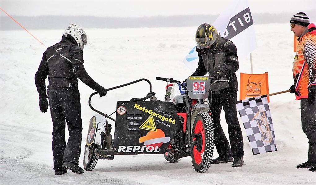 УралСпортуха Yamaha YZF Repsol Moto Racing 10W40 MotoGarage66