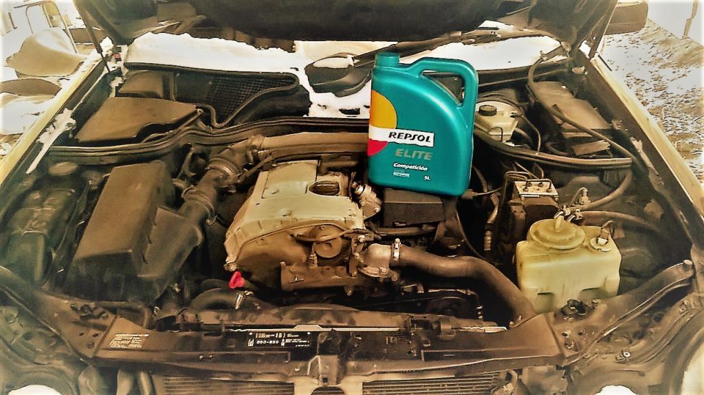 купить и выбрать качественное масло для мотора